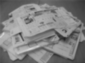 図書館で集めた地方新聞の掲載広告から出稿パターンを分析